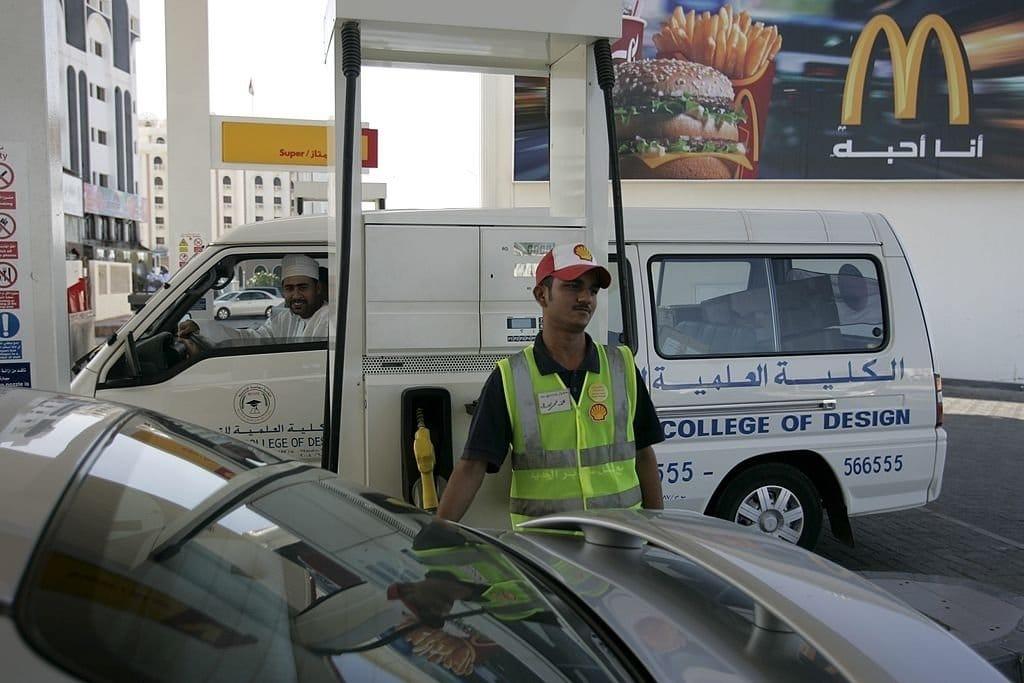 سعر البنزين والديزل في سلطنة عمان شهر أبريل 2021 - تقني نت اسعار البنزين